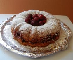 Cherry bundt cake