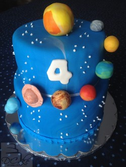 Birthday planets cake