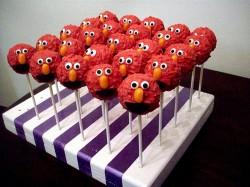 Cake pops Elmo