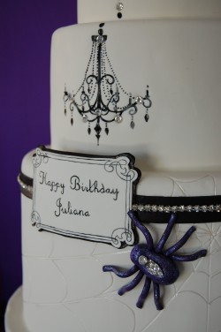 Cake with Halloween spider