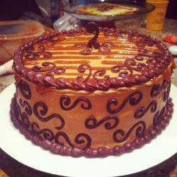 Caramel with chocolate cake
