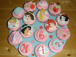 Mia princess birthday cupcakes