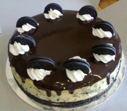 Oreo cookies cake