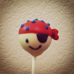 Pirate cake pop