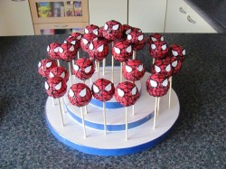 Spiderman cakes pops ideas