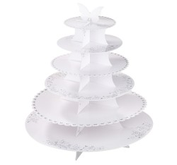 White cake stands