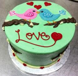 Valentine's day cake with birds