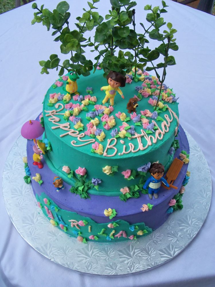2 tier birthday cake with Dora