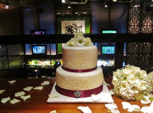 2 tier cricut cake