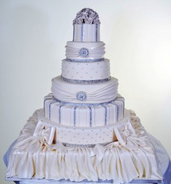 Amazing quinceanera cake