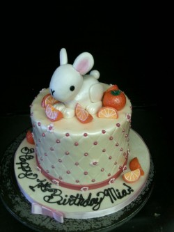 Bunny cake for Mia