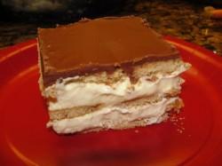 Delicious Eclair cake's piece