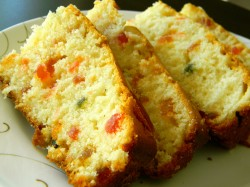 Eggless cake with fruits