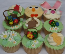 Fondant Easter cupcakes