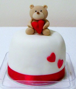 Mini Valentine's day cake
