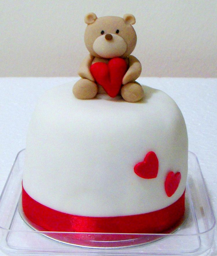 Mini Valentine's day cake