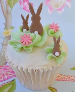 Pretty Easter cupcake