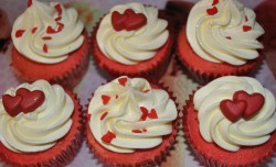 Valentine's day cupcakes with hearts