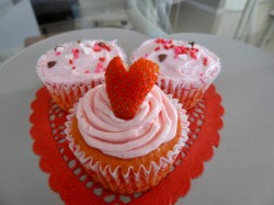 Valentine's day cupcakes with strawberry