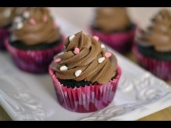 How to make tasty chocolate cupcakes