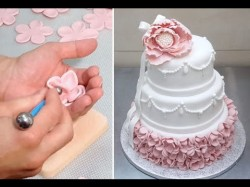How to decorate elegant wedding cake
