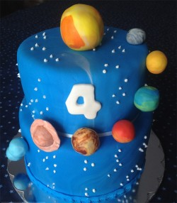2 tiers cake with planets