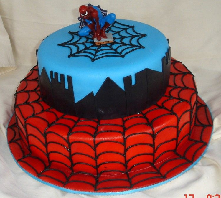 2 tiers cake with Spiderman