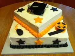 2 tiers square graduation cake