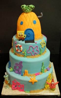 4 tier Spongebob cake