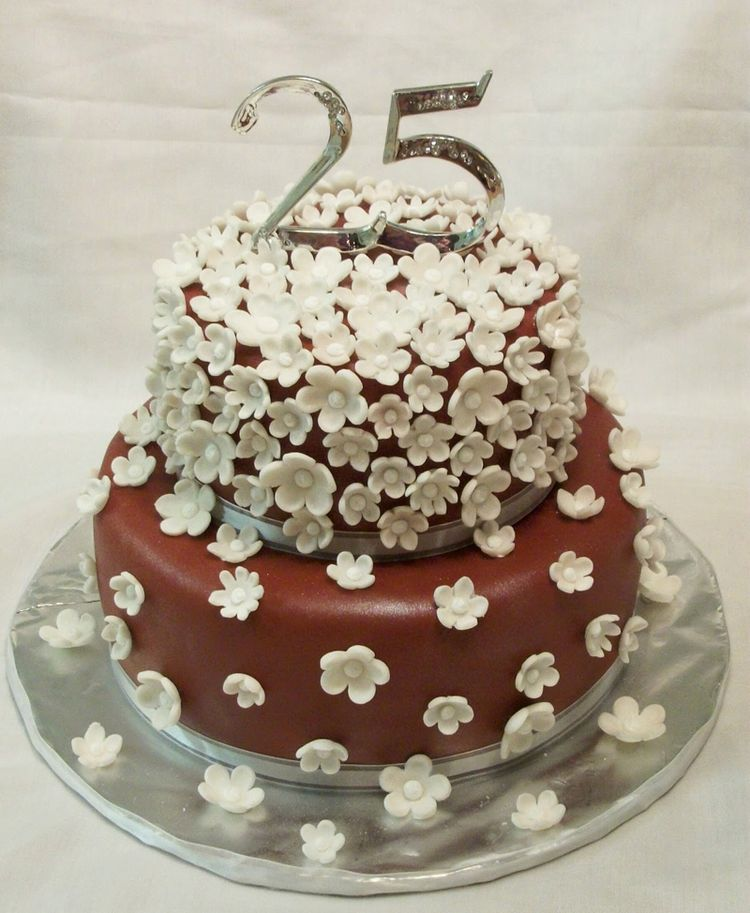 Anniversary cake with small flowers