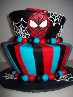 Beautiful Spiderman Cake