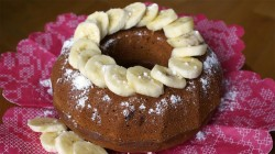 Bundt cake with banana