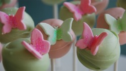 Butterfly green cake pops
