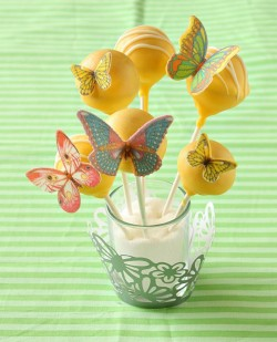 Butterfly yellow cake pops