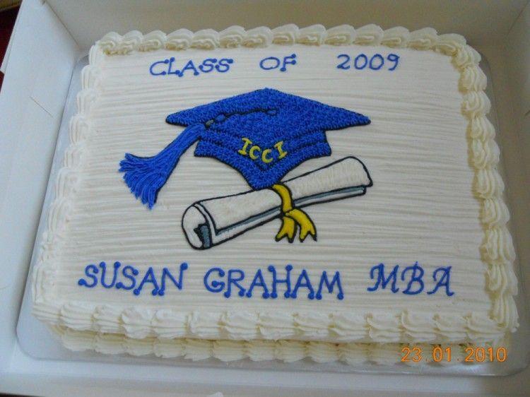 Cream frosting graduation cake