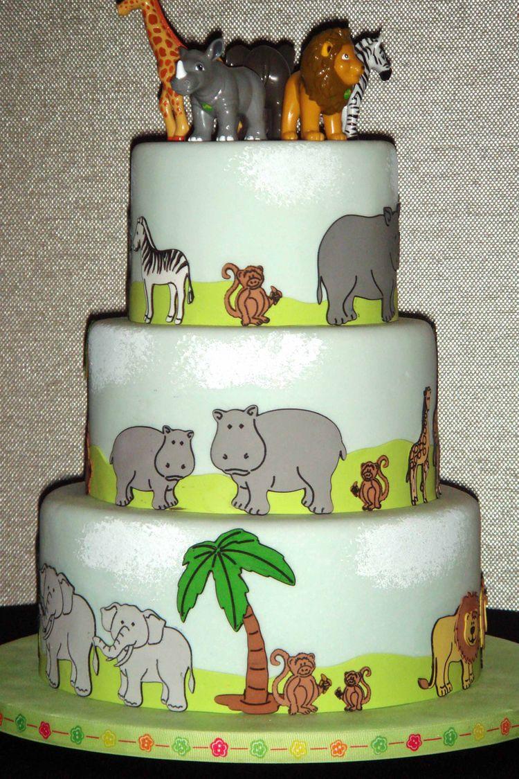 Cricut animals cake
