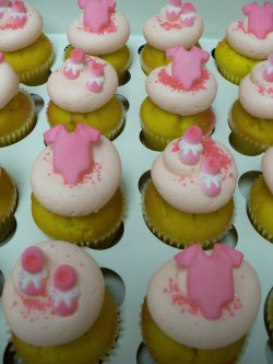 Cupcakes for baby shower