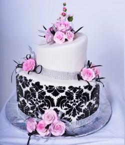 Cute quinceanera cake