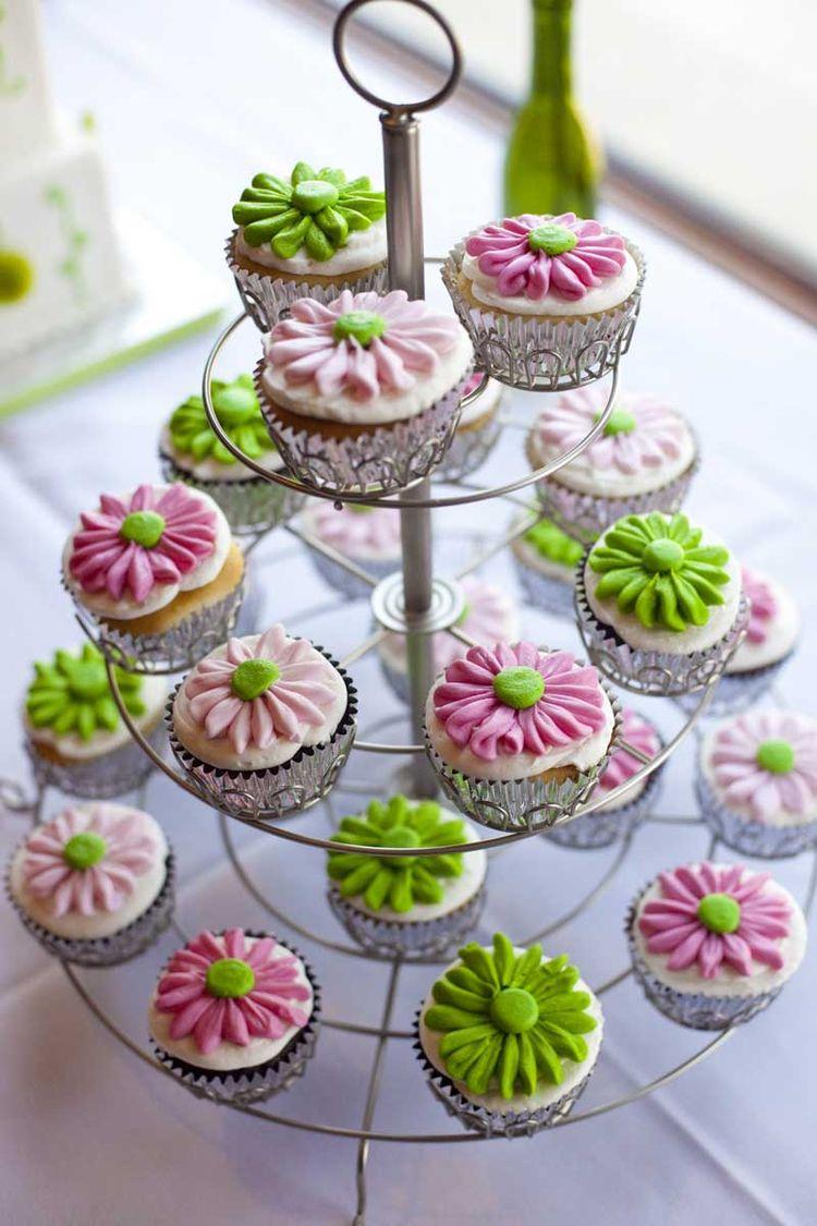 Cute Wedding Cupcakes