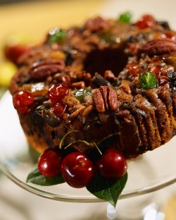 Dried fruit cake