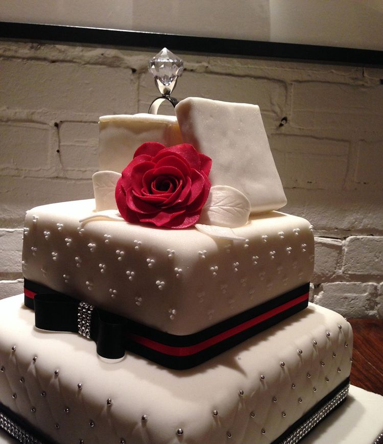 Cake Images For Engagement : Engagement ring cake