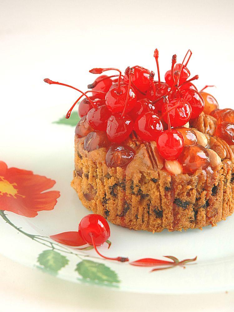 Mini cherry cake
