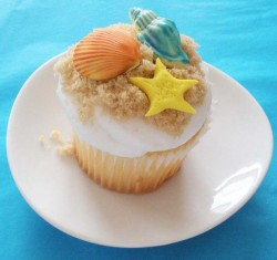 Nice sea themed cupcake