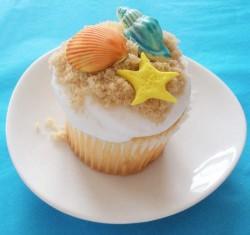 Nice sea themed cupcake