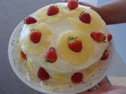 Pineapple and strawberry cake