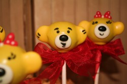 Yellow bear cake pops