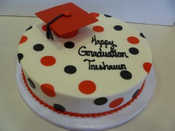 Cake with red graduation cap