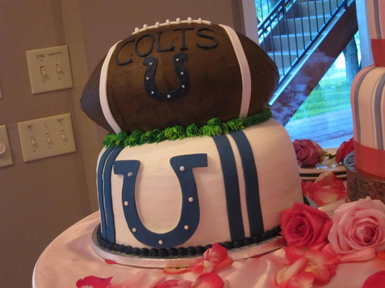 Grooms cake – colts