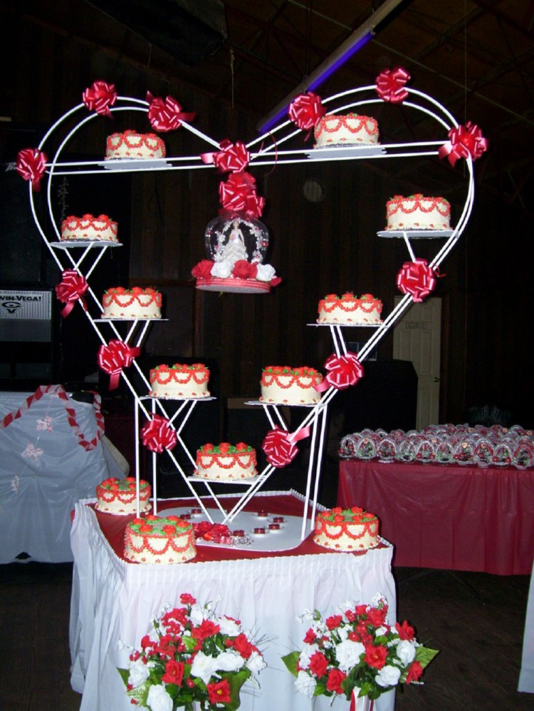 Heart shape quinceanera cake