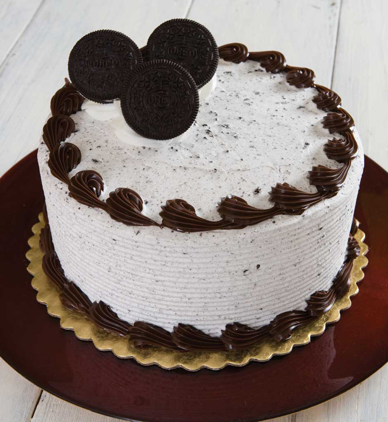 oreo cookie wedding cake oreo cake chocolate frosting 18055